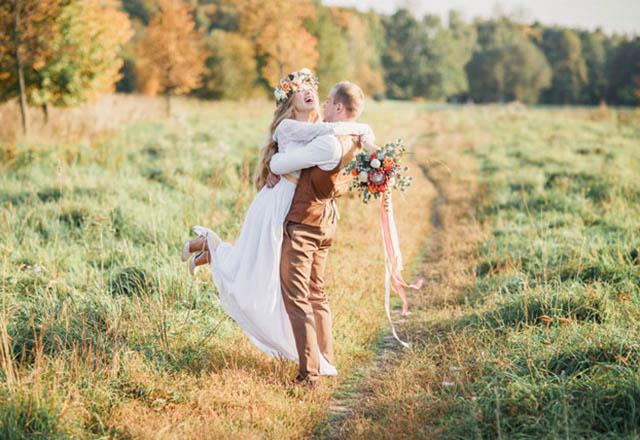 Düşük bütçeli evlenme teklifi etmenin 6 yolu