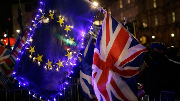 Avrupa Birliği'nden Brexit tarihini erteleme adımı