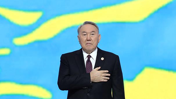 Son dakika... Kazakistan'da Nazarbayev istifa etti!