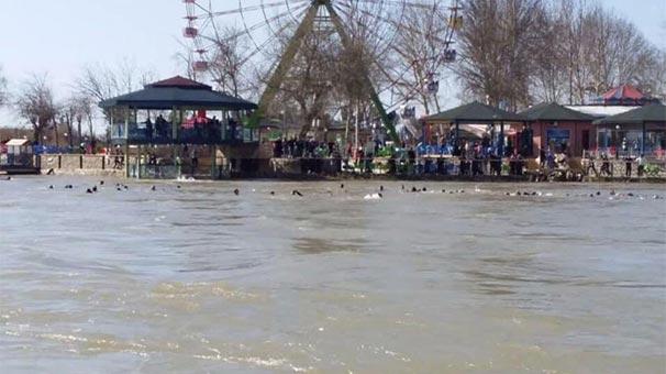 Son dakika... Dicle'de tekne battı: Çok sayıda kişi hayatını kaybetti