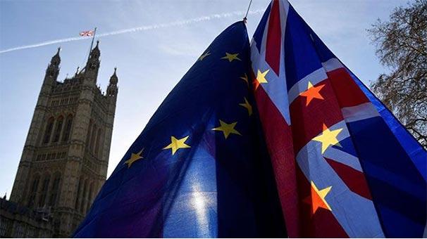 Önce oy verdi sonra da... İngiltere'de şoke eden istifa