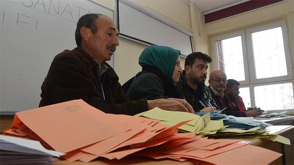 Kayyum atanan belediyelerde AK Parti'nin başarısı