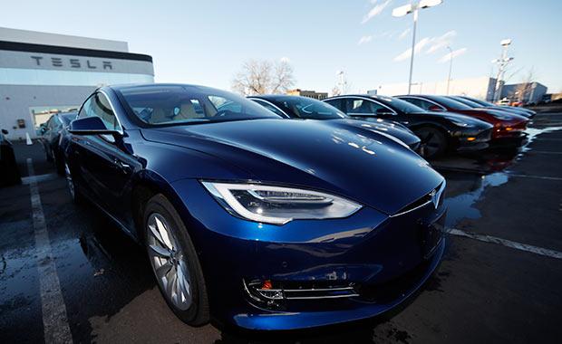 Dev etkinlik başlıyor! Tesla da geliyor...