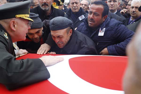 Şehit Yener Kırıkcı son yolculuğuna uğurlandı