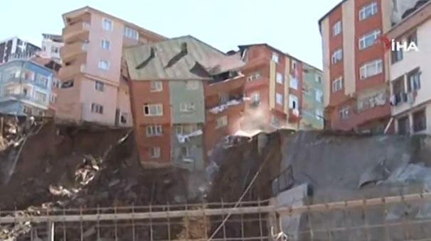 Son dakika... İstanbul'da bina çöktü! İşte o anlar...