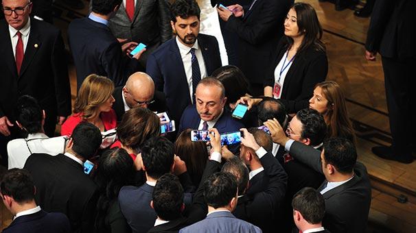 Bakan Çavuşoğlu'ndan flaş S-400 açıklaması