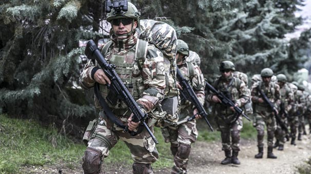 'Yeni askerlik sistemi' açıklaması: Hiçbir engel yok