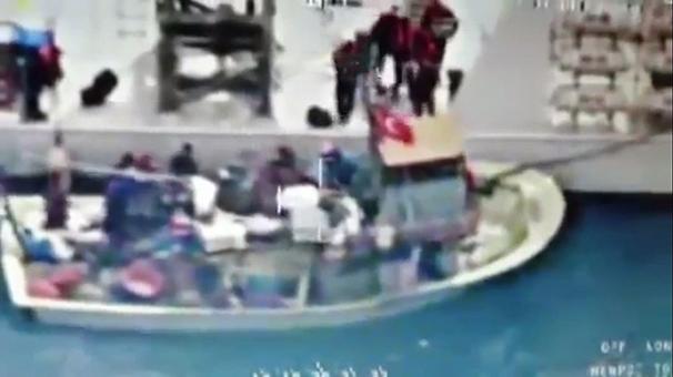 3 Türk balıkçı vuruldu!