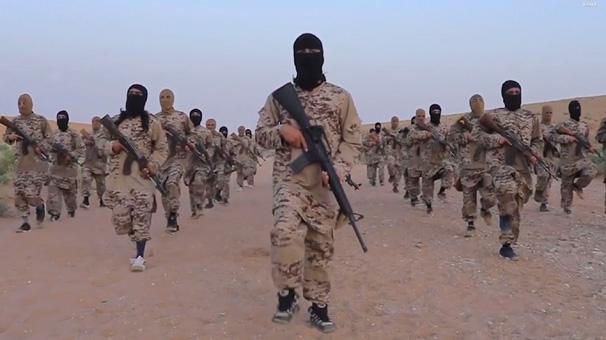 Son dakika... Rus istihbaratı: Sınırda 5 bin terörist toplandı