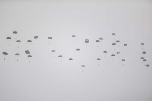 120 komando indirme yaptı! Nefes kesen görüntüler...