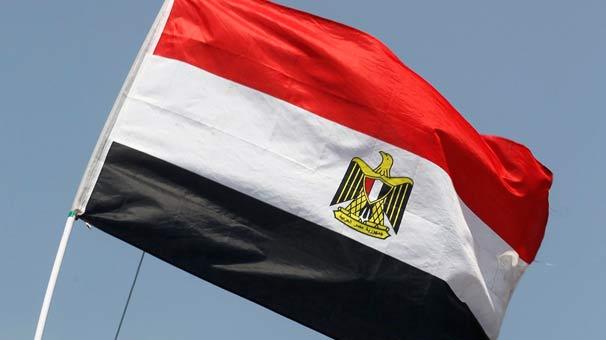 Mısır'da polisleri taşıyan araç kaza yaptı! Çok sayıda ölü var...