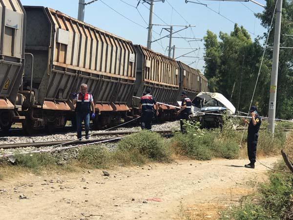 Son dakika... Mersin'de tren kazası! Ölü ve yaralılar var