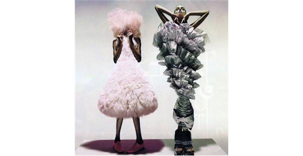 Hüseyin Çağlayan'dan 'Moda ötesinde moda eserleri'