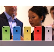 Apple'dan iPhone 5E Geliyor!